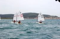 ŞEHİTLER GÜNÜ - Çanakkale Şehitleri İçin Yelken Yarışları Düzenlendi