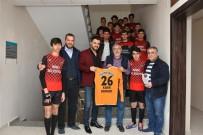 FORMA - Genç Oyunculardan Başkan Bozkurt'a Teşekkür Ziyareti