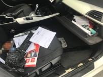 POLİS - Beyoğlu'nda 'Dur' İhtarına Uymayan Sürücü Lüks Otomobili Polisin Üstüne Sürdü