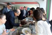 SAĞLIK HİZMETİ - Özel Tekden Ortaokulu Öğrencileri Mehmetçik İçin Kermes Düzenledi