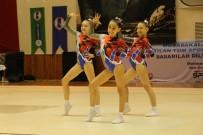KUŞADASI BELEDİYESİ - Aeorobik Jimnastik Minikler Karşılaşmaları Kuşadası'nda Başladı