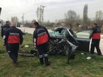 Bakan'ı Korumakla Görevli Polisler Kaza Yaptı Açıklaması 3 Yaralı