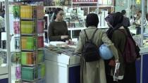 EBRU SANATı - Basılı 'Tarihi' Eserler Özel Yöntemle Restore Ediliyor