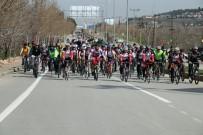 İŞİTME ENGELLİ - Çanakkale Şehitleri Ve Afrin İçin Bisiklet Turu