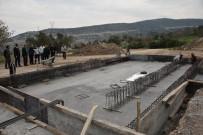 FUTBOL SAHASI - Çapaçarık Camii Ve Çevre Düzenleme Projesi Başladı