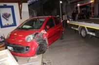 DİREKSİYON - Kadın Sürücü Aracıyla Dükkana Daldı