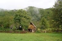 HİDROELEKTRİK SANTRALİ - Kafkas Dağlarının Zirvesinden Oy Kullanmaya Uçakla Geldiler
