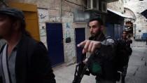 İSRAIL - Kudüs'te Bıçaklı Saldırı
