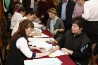 POLITIKA - Rusya Seçimlerine Yoğun Katılım