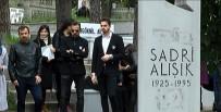 KEREM ALıŞıK - Sadri Alışık Ölüm Yıl Dönümünde Mezarı Başında Anıldı