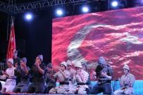 MEHMET TAHMAZOĞLU - Şahinbey'de Çanakkale Şehitlerini Anma Gecesine Binlerce Kişi Katıldı