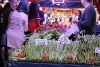 SİVRİ BİBER - Taze Fasulye Ve Sivri Biber Etle Yarışıyor