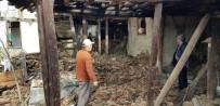 Tosya'da Virane Evler Yıkılıyor