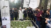 KEREM ALıŞıK - Türk Sinemasının Efsanesi Sadri Alışık Ölüm Yıl Dönümünde Mezarı Başında Anıldı