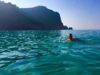 MEHMET SARI - Alanya'da Hem Kar Hem Deniz Keyfi
