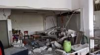 GAZ SIKIŞMASI - Ayvalık'ta Gaz Sıkışması Patlamaya Neden Oldu Açıklaması 1 Yaralı