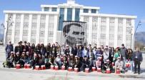 LABORATUVAR - Başkan Genç, AB Erasmus Projesi Öğrenci Ve Öğretmenlerini Ağırladı