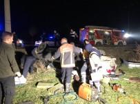 YıLDıRıM BEYAZıT - Başkent'te Trafik Kazası Açıklaması 3 Ölü 2 Yaralı
