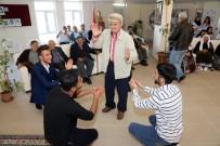 HUZUR EVI - Bozok Üniversitesi Öğrencileri Huzurevi Sakinlerini Unutmadı