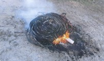 Çaldıkları Kabloları Yakmaya Çalışırken Yakalandılar