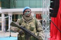 İRFAN BALKANLıOĞLU - Çanakkale'de Şehit Olan Sakaryalı 526 Askerin Künyesi 'Çanakkale Anıt Sergisi'ne Yazıldı