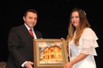 BOZÜYÜK BELEDİYESİ - 'Çanakkale Mahşeri Kardeşlik Destanı' Adlı Tiyatro Oyunu İlgi İle İzlendi
