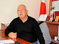 KAN UYUŞMAZLıĞı - Çeşme Belediyespor, Teknik Direktörü İle Yollarını Ayırdı
