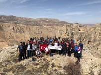 MÜSLÜMAN - Ekstrem Dağcılık Ve Doğa Sporları Kulübü'nden Çanakkale Zaferi Yürüyüşü