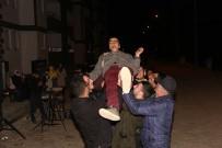 ANADOLU LİSESİ - Engelli Oğluna Asker Gecesi Düzenledi
