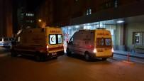 Erzincan'da Motosiklet İle Kamyonet Çarpıştı Açıklaması 1 Ölü