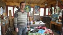 KARADERE - Eski Eşyalar Burhaniyeli Çiftçiye Geçim Kaynağı Oldu