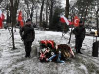 ÖĞRENCİLER - Galiçya Cephesi'nde Şehit Düşen Türk Askerleri Polonya'da Anıldı
