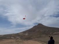 MUSTAFA AYDıN - Gökyüzünde Paramotorla Dev Türk Bayrağı Açılarak Çifte Zafer Kutlandı