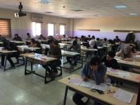 REKTÖR - Harran Üniversitesinde Yabancı Uyruklu Öğrenci Seçme Sınavı Yapıldı