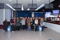 KÖSEKÖY - Kartepe'li Kadınlar Bowling Heyecanı Yaşadı