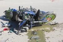 MOTOSİKLET SÜRÜCÜSÜ - Kazada Yaralanan Genç Hayatını Kaybetti