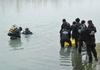 CENAZE - Kızılırmak Nehri'ne atlayan gencin cesedi bulundu