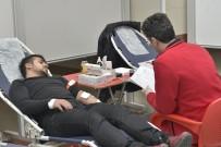 KMÜ'de Öğrenciler Kan Bağışında Bulundu
