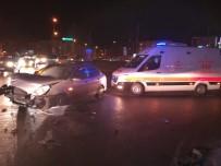 BULGARISTAN - Kocaeli'de İki Otomobil Çarpıştı Açıklaması 4 Yaralı