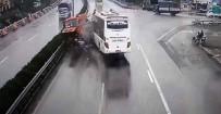 İTFAİYE ERİ - Tur Otobüsü İtfaiye Aracına Çarptı