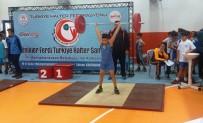 MEHMET ÖZCAN - Yeni Dünya Şampiyonu Yetişiyor