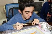 ESENLER BELEDİYESİ - 15 Yaşındaki Kas Hastası Baran, Mozaik Taşlardan Kuş Yaptı