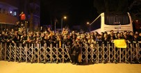AHMET ÇALıK - Galatasaray'a Coşkulu Karşılama