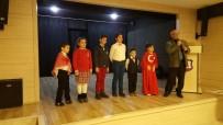 Gelibolu'da İstiklal Marşı'nı Güzel Okuma Yarışması Düzenlendi