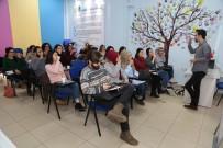 BÜYÜKDERE - Gençlerden İşaret Dili Kurslarına Büyük İlgi