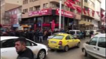 KAFKAS ÜNİVERSİTESİ - Kars'ta Levyeli Ve Çekiçli Kavga Açıklaması 2 Yaralı