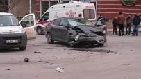 AHİ EVRAN ÜNİVERSİTESİ - Kırşehir'de Kaza 1 Yaralı