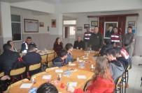 KARAKOL KOMUTANI - Öğrenciler, Afrin'e Destek İçin Jandarmayı Ziyaret Etti
