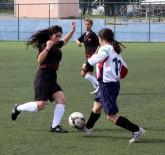 SPOR KOMPLEKSİ - Okullar Arası Futbol Grup Müsabakaları Manisa'da Başladı