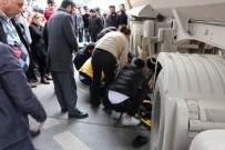 HAFRİYAT KAMYONU - (Özel) Kartal'da Hafriyat Kamyonu Dehşeti